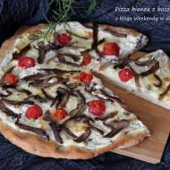 Pizza bianca z boczniakami