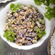 Sałatka z sorgo i brokułem – łatwa