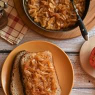Cebula duszona z pomidorami – kuchnia podkarpacka