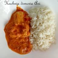 Kurczak w sosie pomidorowo-paprykowym