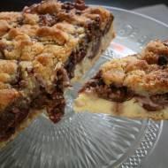 Ciasto ze śliwkami węgierkami z orzechami włoskimi