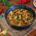Zupa z kurkami i jaglaną