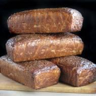 Chleb litewski z powidłami jabłkowymi, siemieniem lnianym i kminkiem