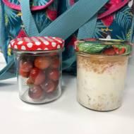 Drugie śniadanie w słoiku – jogurt z brzoskwiniami