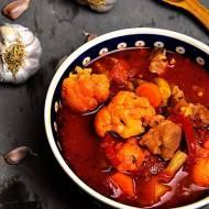 Zupa gulaszowa z kalafiorem