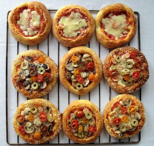 Pizzerinki / bułeczki pizzowe