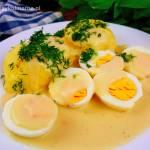 Jajka z sosie chrzanowym – przepis na szybki i tani obiad