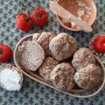 Bułeczki pszenno-żytnie z babką płesznik
