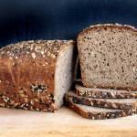 Chleb pełnoziarnisty mieszany
