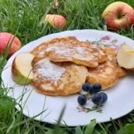 Racuszki drożdżowe z jabłkami