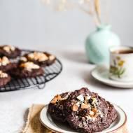 Ciasteczka czekoladowe z fasoli z masłem orzechowym – wegańskie ciastka bez mąki i bez cukru
