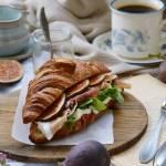 Projekt Śniadanie: Croissant z figami i prosciutto