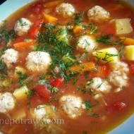 Zupa rybna pikantna z pulpecikami dorsza