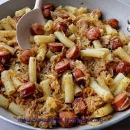 Makaron i kapusta czyli obiad z patelni