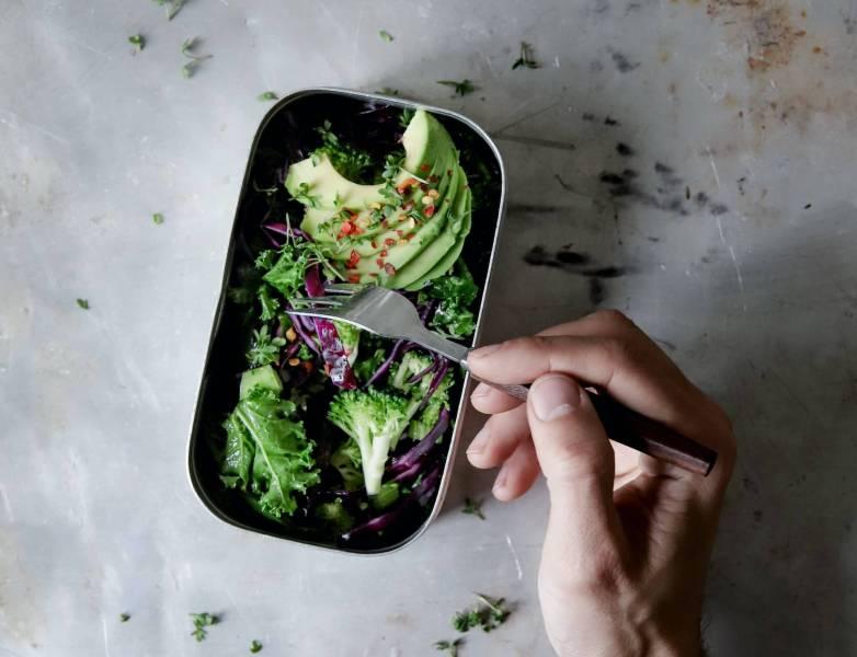 Lunchboxy – sposób na domowe jedzenie na wynos