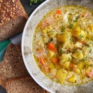 Zupa ogórkowa wegetariańska
