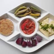 3x inspiracje października: obiad wegetariański (z kotletami owsiano-słonecznikowymi), kiszona papryka, różany cukier