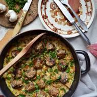Bardzo grzybowe klopsiki w sosie kurkowym
