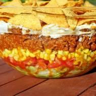 Królewska sałatka meksykańska z nachosami