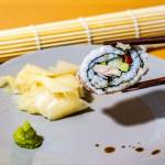 Sushi california maki (california roll)