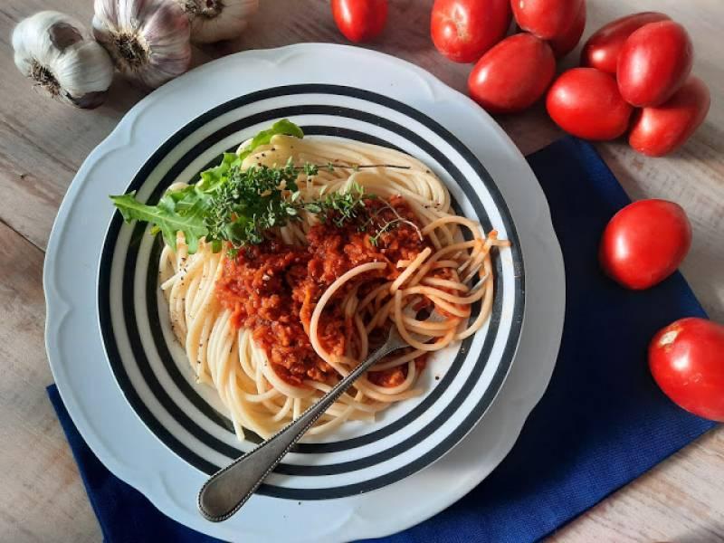 Paprykowe spaghetti bolognese