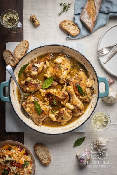 Francuski kurczak z 40 ząbkami czosnku oraz jesienna surówka