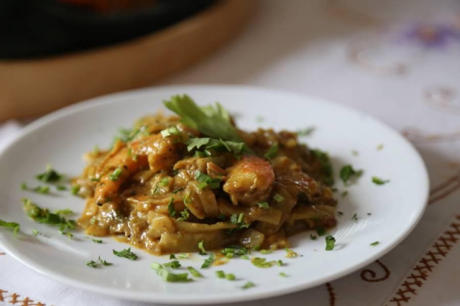 Danie z Malezji, curry z krewetkami