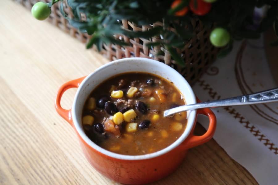 Prosta zupa meksykańska