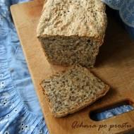 Chleb pszenny z siemieniem lnianym i słonecznikiem