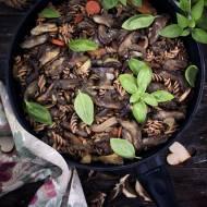 Makaron z grzybami leśnymi