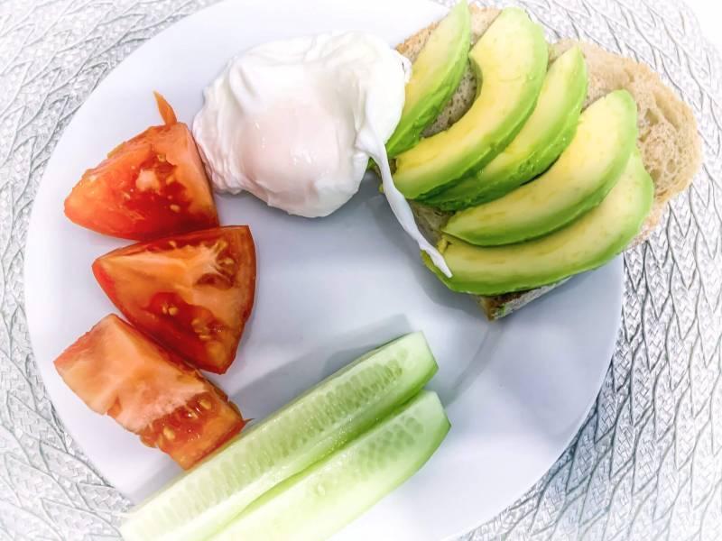 Szybkie śniadanie – jajko po wiedeńsku