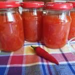 Domowy sos chili słodko - pikantny na zimę.