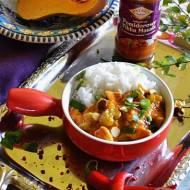 Rozgrzewająca potrawka z dynią, kurczakiem i sosem pomidorowym Tikka Masala od Pataks.