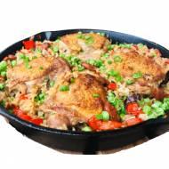 Pieczone udka z ryżem i warzywami