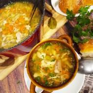 Zupa z  warzyw i mięsa rosołowego a 'la flaki