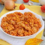 Potrawka z ryżu, warzyw i kurczaka