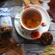 Rozgrzewająca herbata z pigwą, imbirem i cynamonem, oraz recenzja produktów Schronisko Smaków