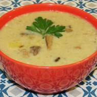 Zupa grzybowa z wołowiną