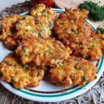 Kotleciki siekane z kurczaka ze szpinakiem i suszonymi pomidorami