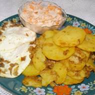 na obiad: ziemniaki, jajka sadzone,czarna rzepa...
