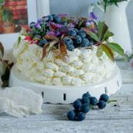 Tort jesienny kosz z frużeliną z winogron