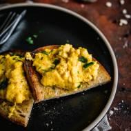 Najlepszy przepis na jajecznicę | Jajecznica serowo-dyniowa