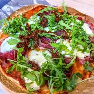 Pyszna włoska pizza w 15 minut