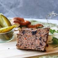 Pasztet wieprzowo-wołowy z suszoną śliwką
