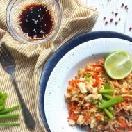 Ryż z kurczakiem i warzywami w sosie teriyaki