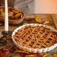 Szarlotka (apple pie) z kajmakiem