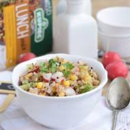 Sałatka z ziarnami, z rzodkiewką, kukurydzą i brokułem
