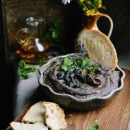 Pasta z czarnej fasoli z miodem i chili