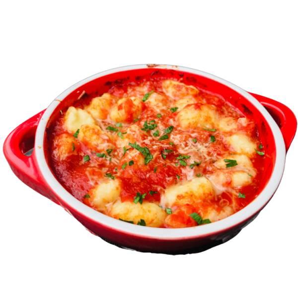 Zapiekane kluski śląskie w sosie pomidorowym