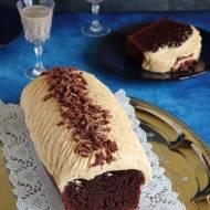 Ciasto czekoladowe z kremem kajmakowym